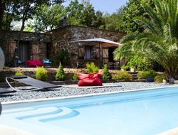 Pets-friendly hotels in St. Florent