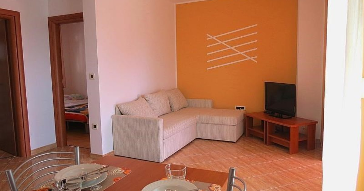 Apartment Betiga I yellow