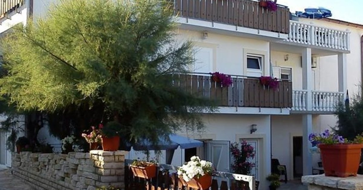 Apartments Mare Razanac 14