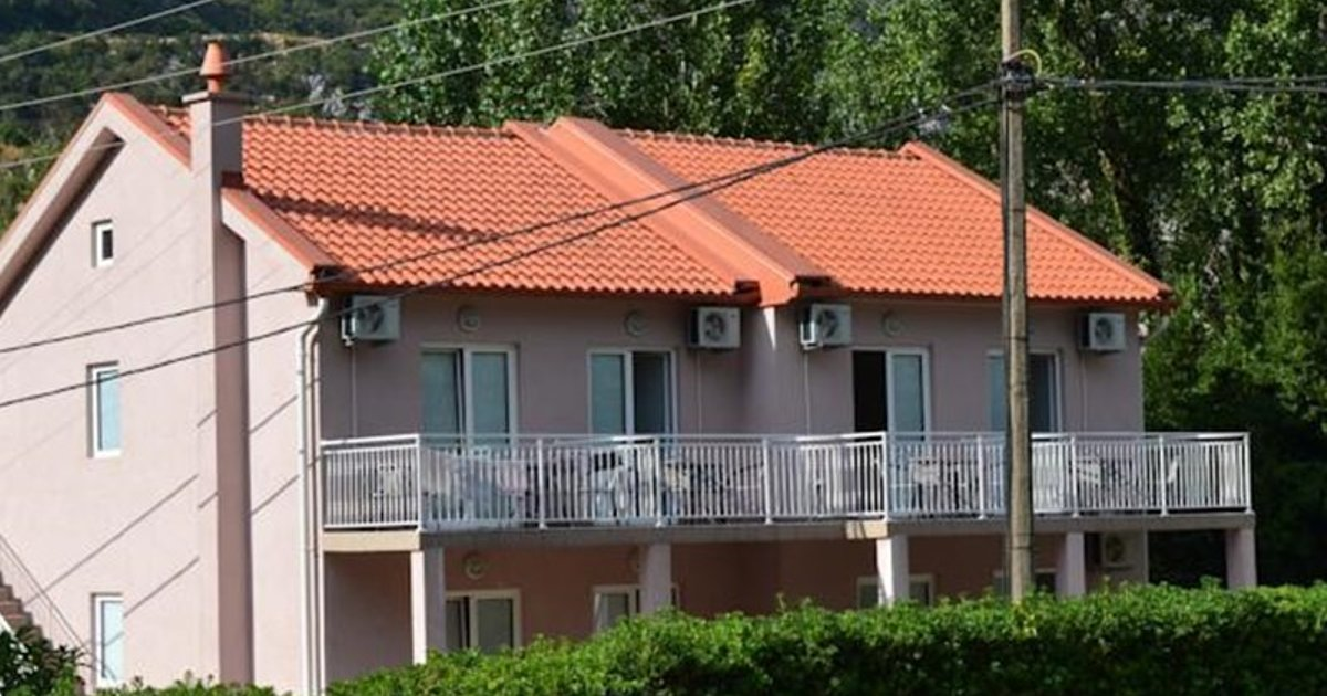 Apartments Lalević