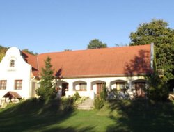 Pets-friendly hotels in Zebegeny