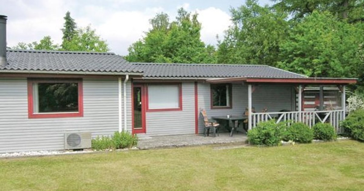 Holiday home Lyngtoften Glesborg IV