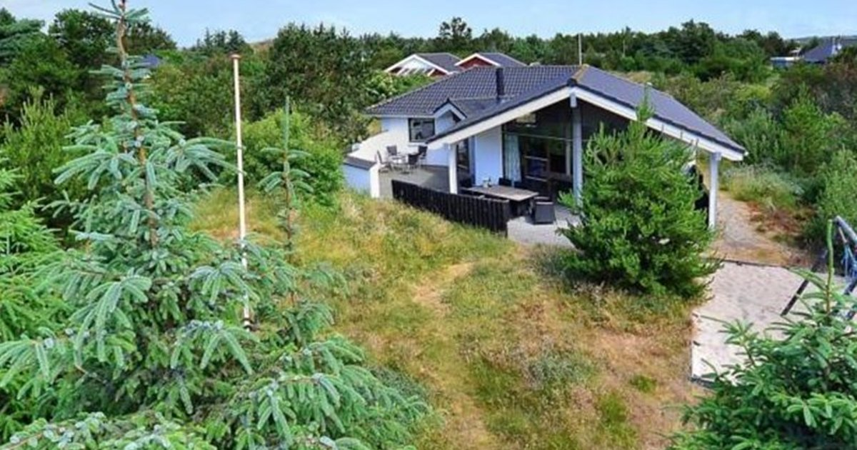 Holiday home in Gogevej with Hot tub