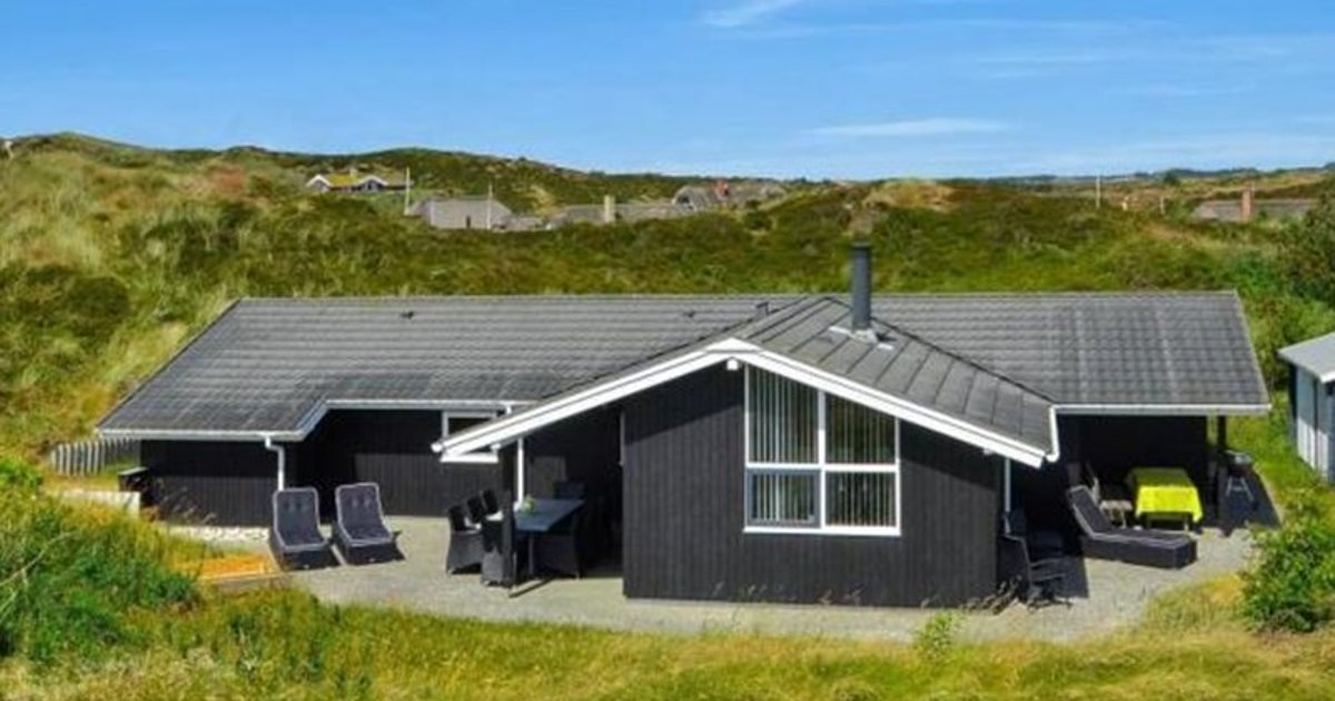 Holiday home in Hjelmevej Henne Strand XII