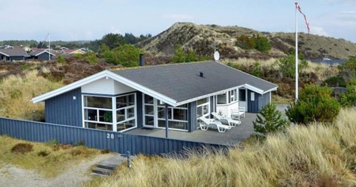 Holiday home in Gejlbjergvej with Hot tub V