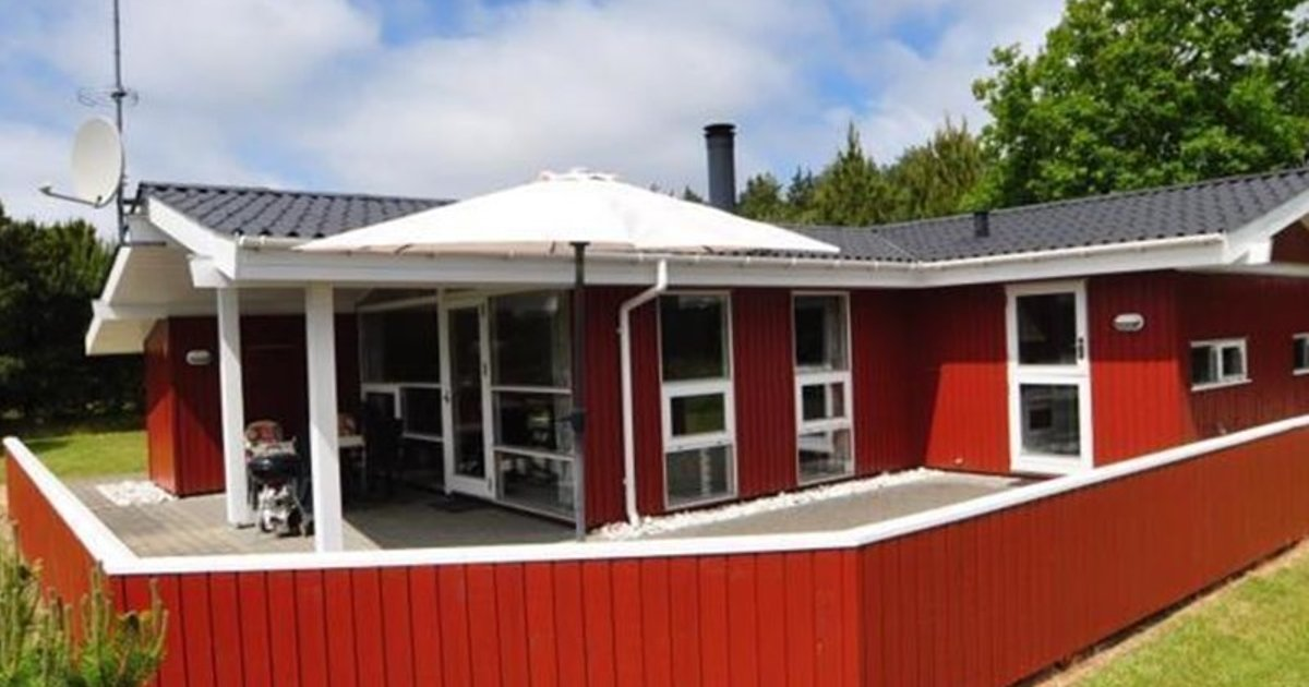 Holiday home in Raevestien Henne Strand I