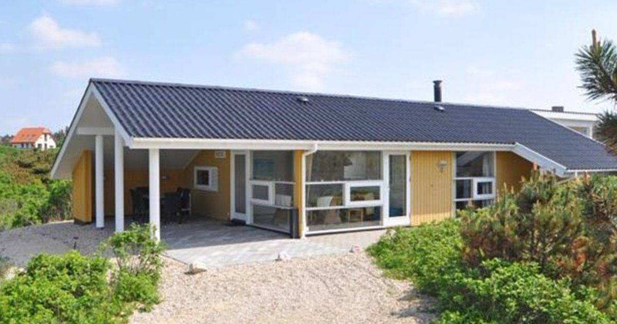 Holiday home in Hjelmevej Henne Strand XX