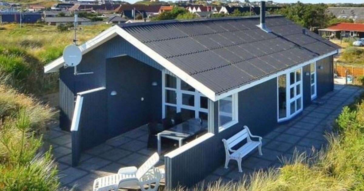 Holiday home in Frytlevej Henne Strand II