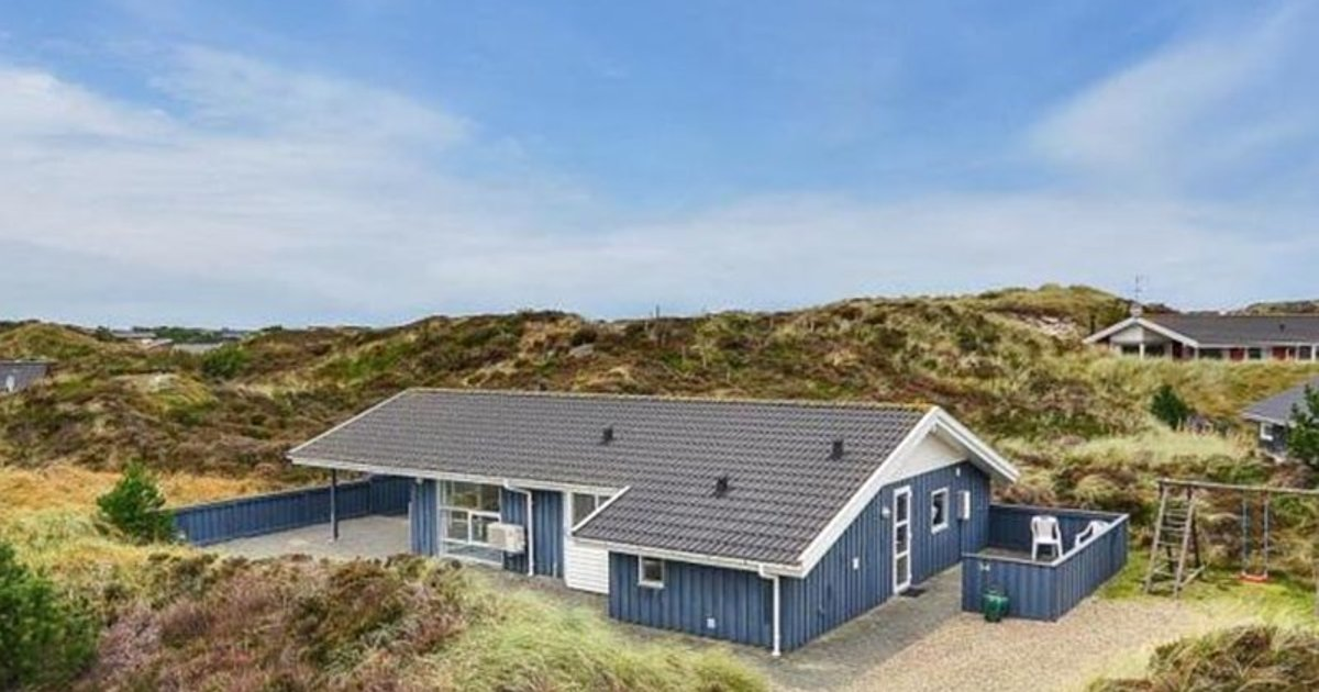 Holiday home in Gejlbjergvej with Hot tub I