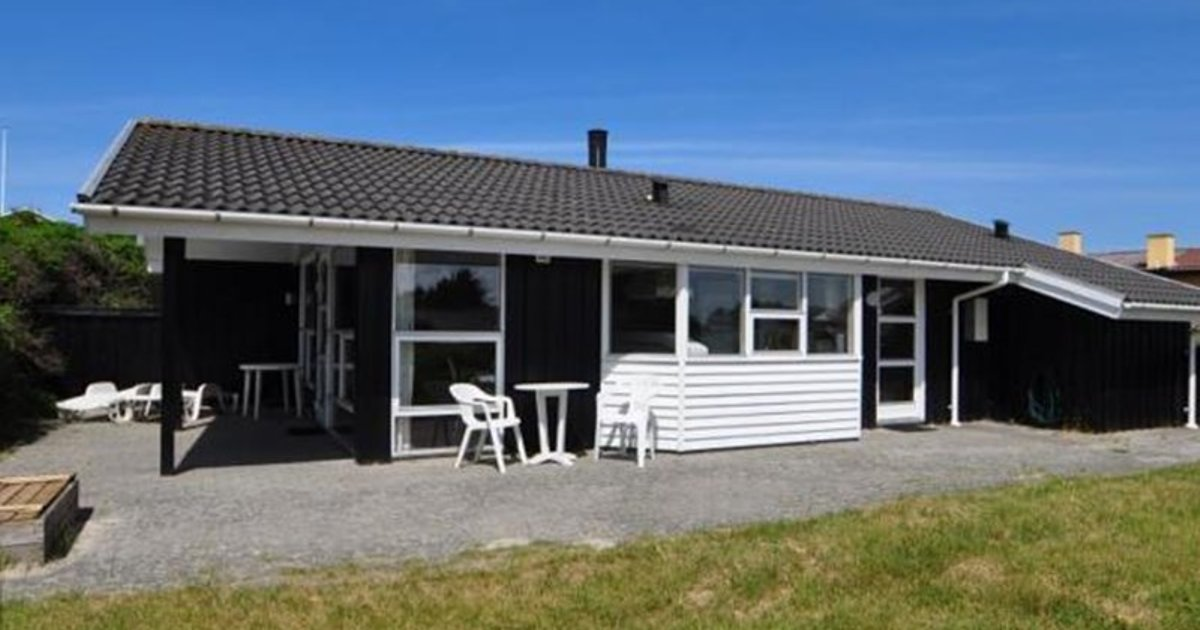 Holiday home Hogevejhenne Strand IV