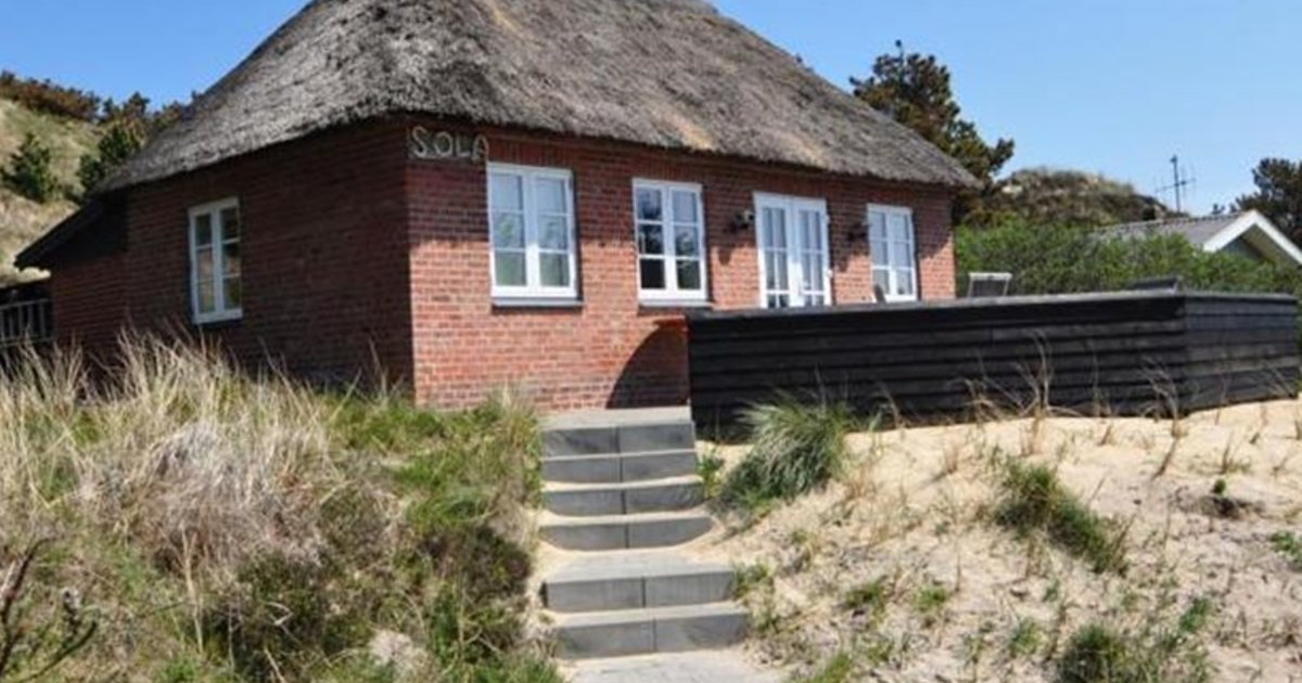 Holiday home Blaaervej Henne IV