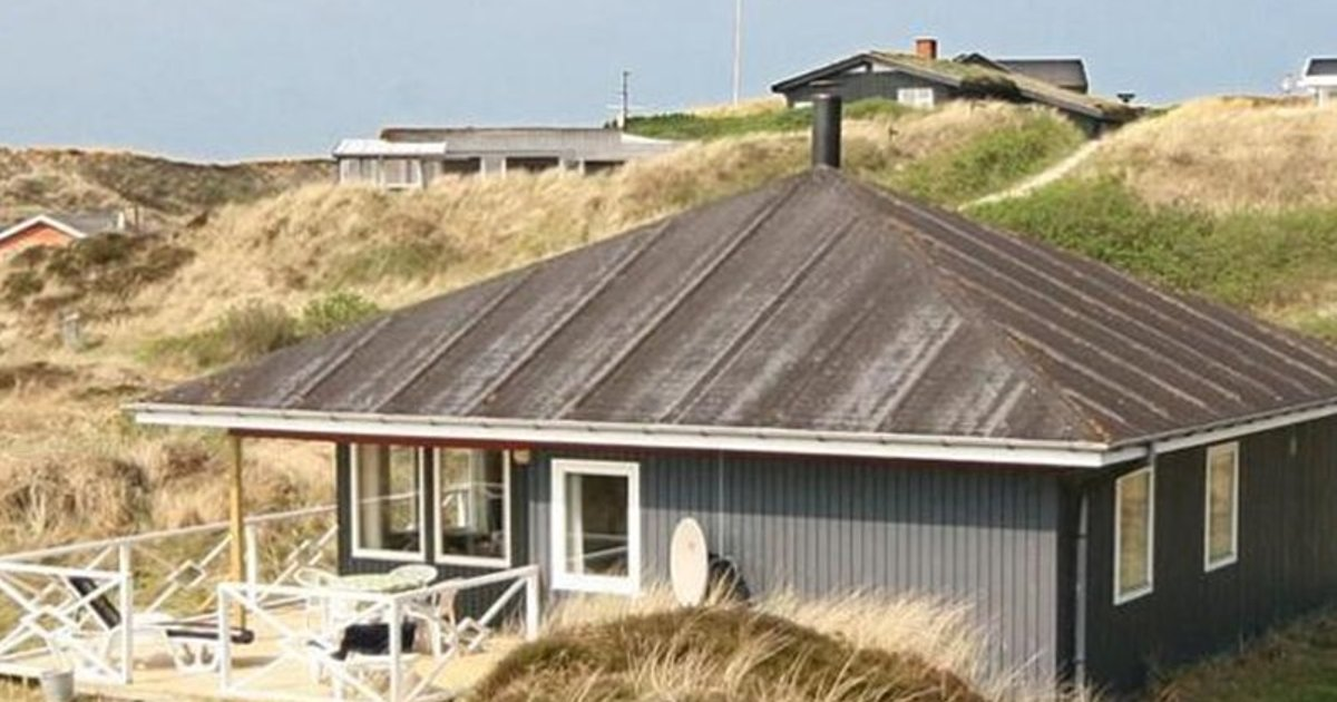 Holiday home Spurvevej Hennestrand I