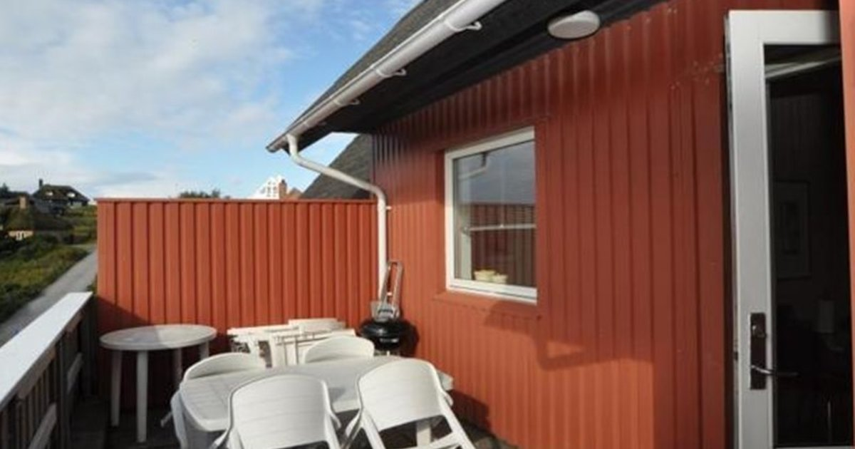 Holiday home Hjelmevej AppStrand