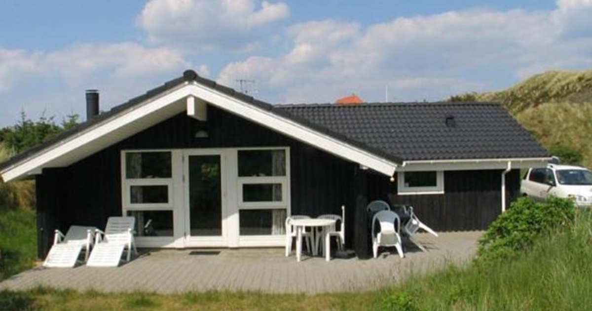 Holiday home Blaaervej Henne III
