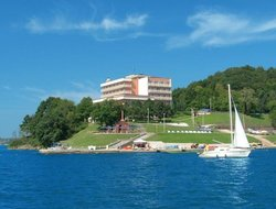 Pets-friendly hotels in Kaluza