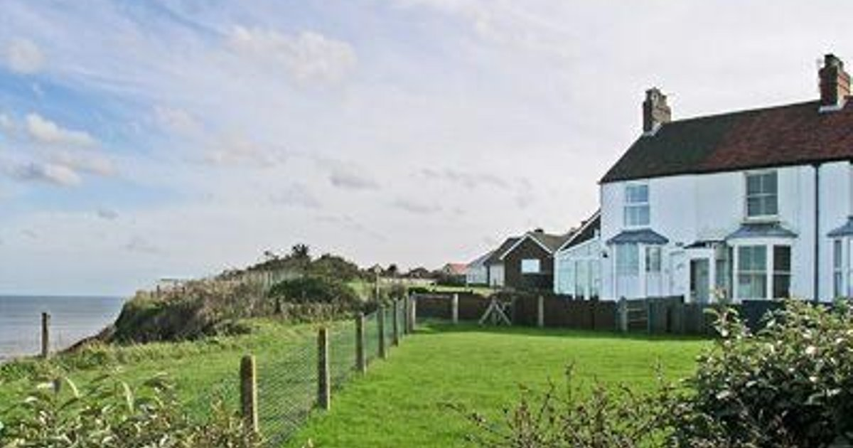 Marions Seaside Cottage
