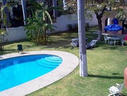 Cuautla hotels with swimming pool