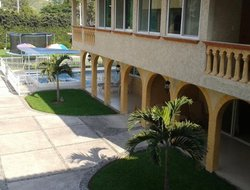 Malinalco hotels with swimming pool