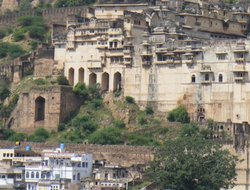 Bundi hotels with restaurants