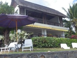 Pereybere hotels with sea view