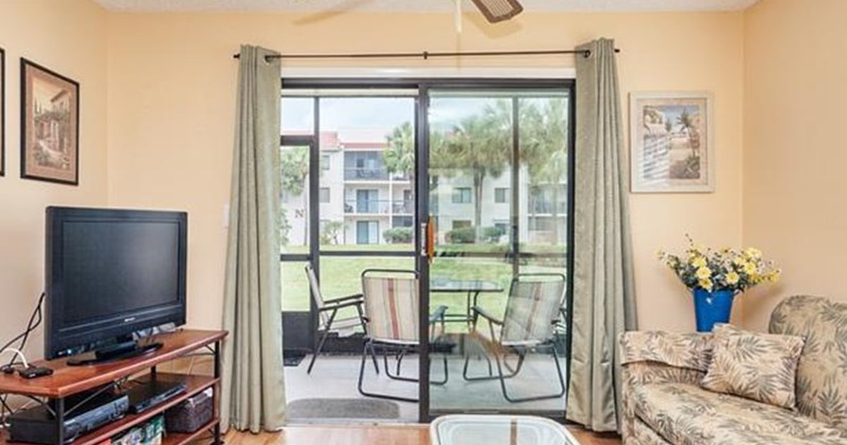 OCEAN VILLAGE CLUB A17 BY VACATION RENTAL PROS