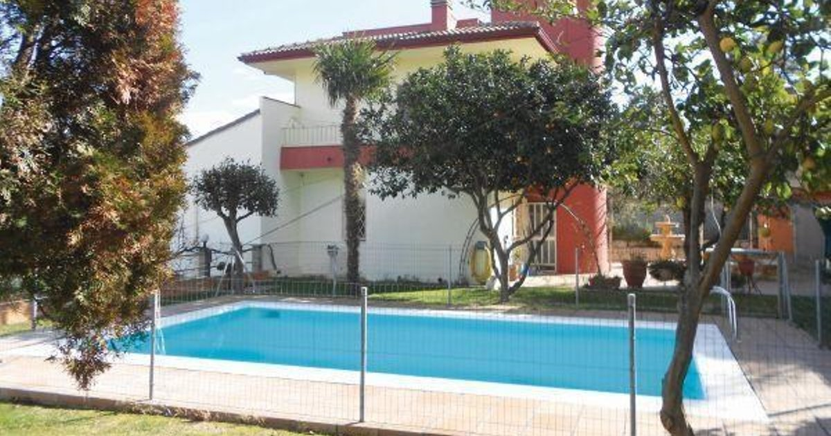 Holiday home Sot de les Ginesterres J-524