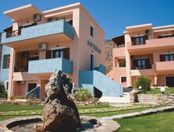 Xerokampos hotels with sea view