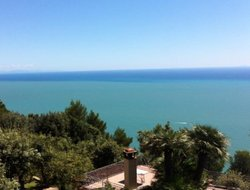 Ameglia hotels with sea view