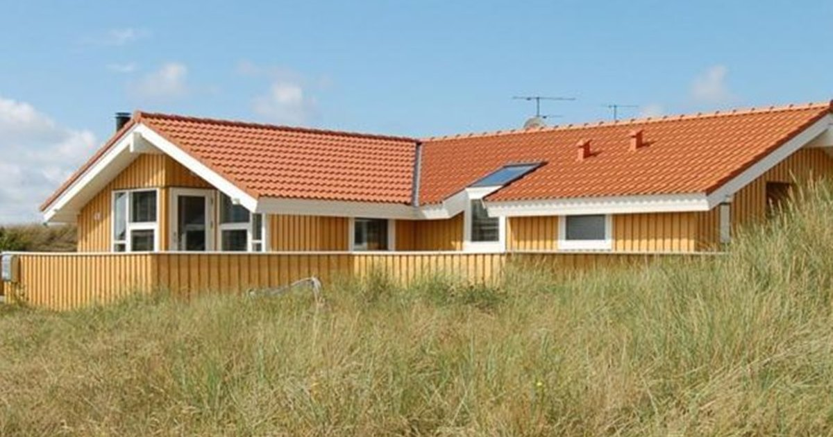 Holiday home Eskildsens H- 204