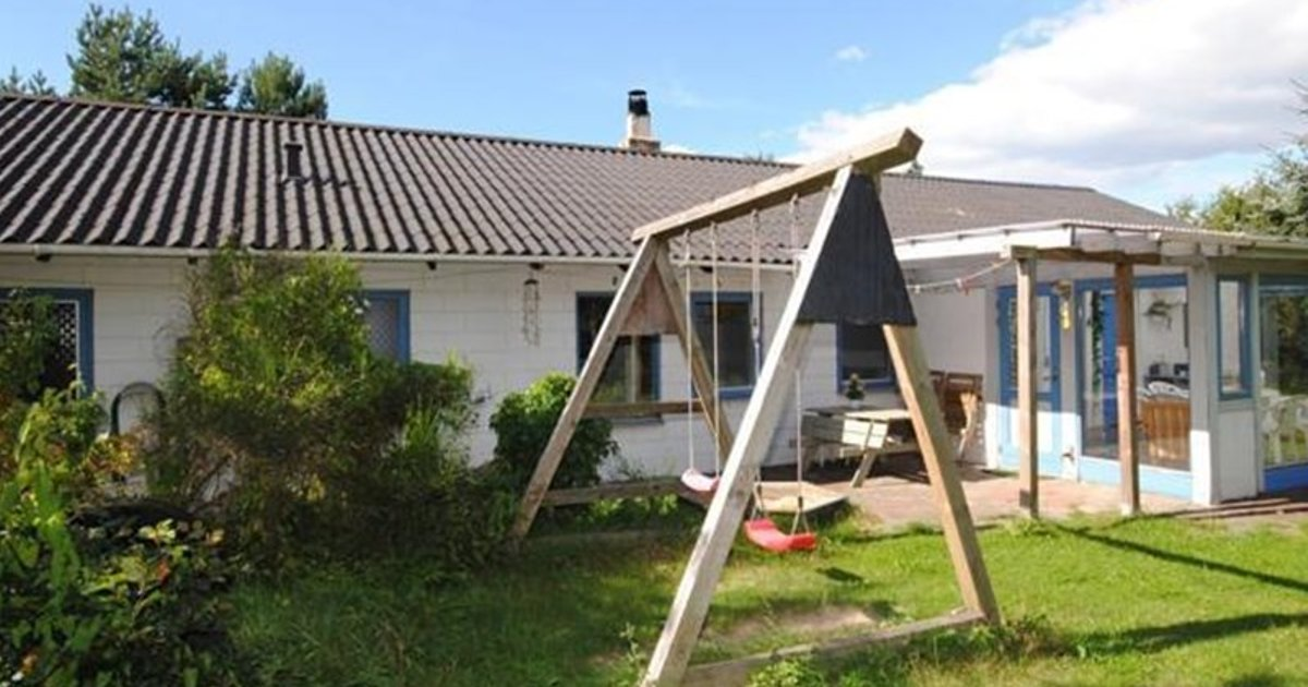 Holiday home Tranebærvej F- 4898