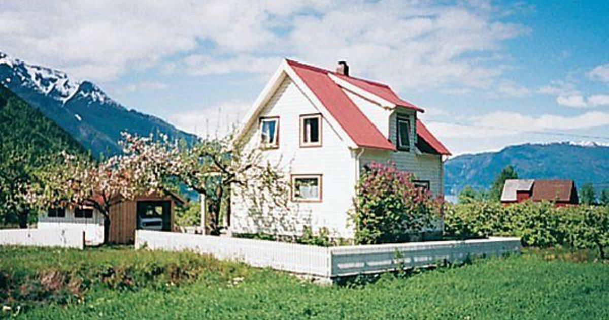 Holiday home Fresvik Solhaug