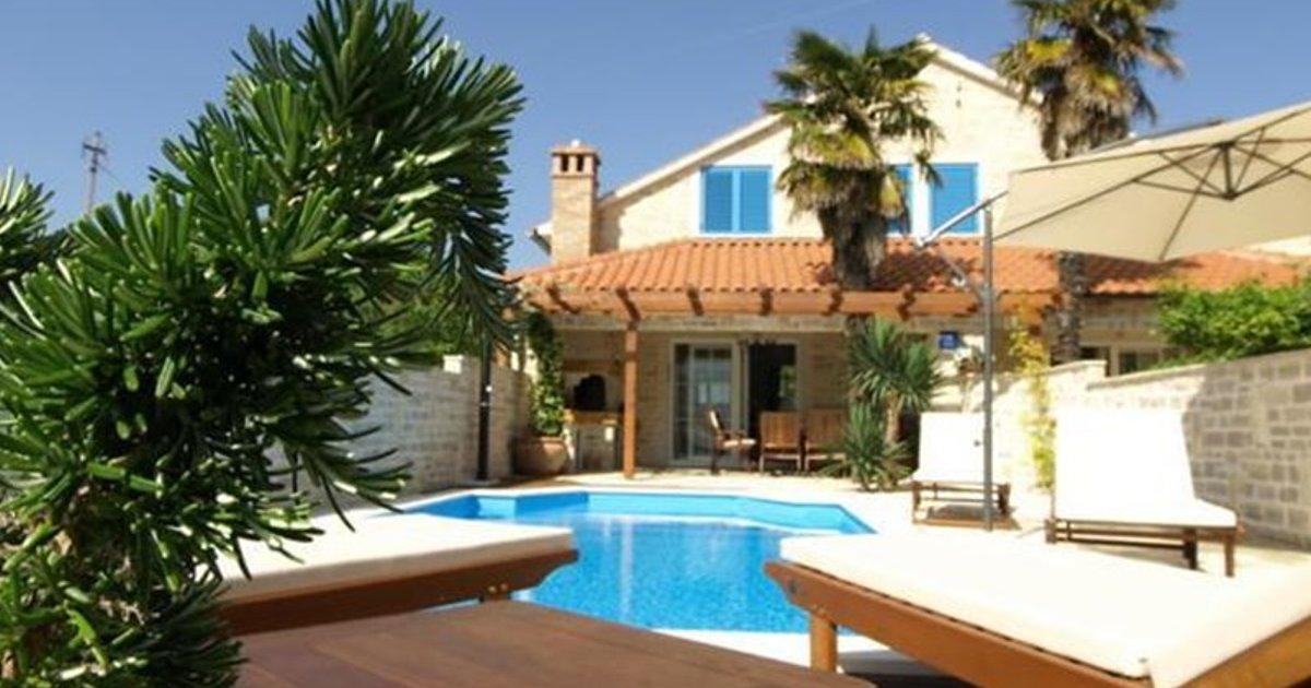 Holiday Home Villa Antišin