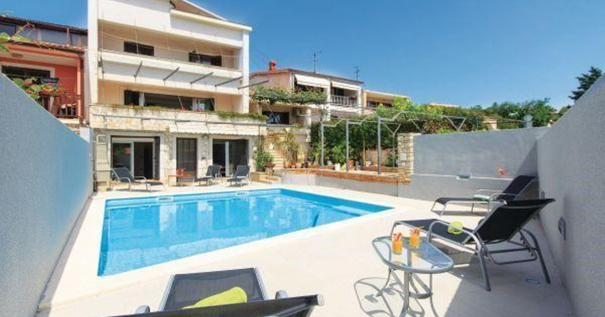 Holiday home Pula 25
