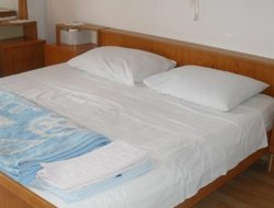 Pets-friendly hotels in Supetar