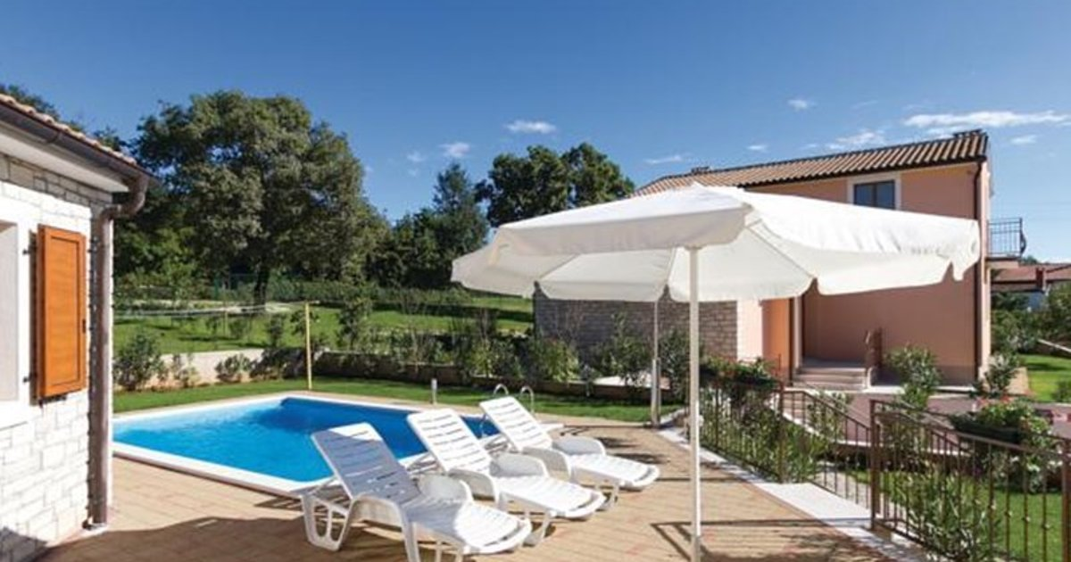Holiday home Kmacici 54 with Outdoor Swimmingpool