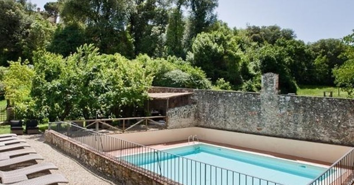 Apartment in San Donato In Collina III
