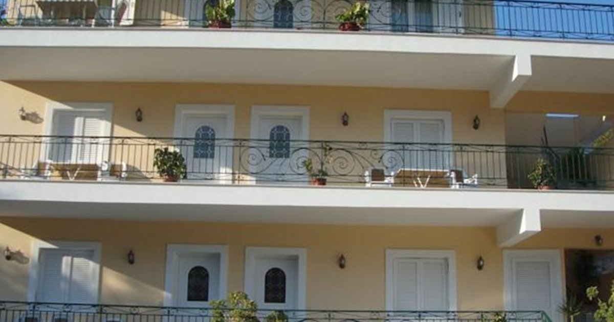 Roula Apartments
