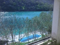 Bosnia And Herzegovina hotels with lake view