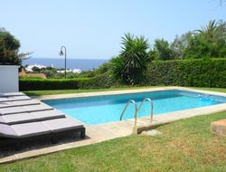 Pets-friendly hotels in Binibequer Vell