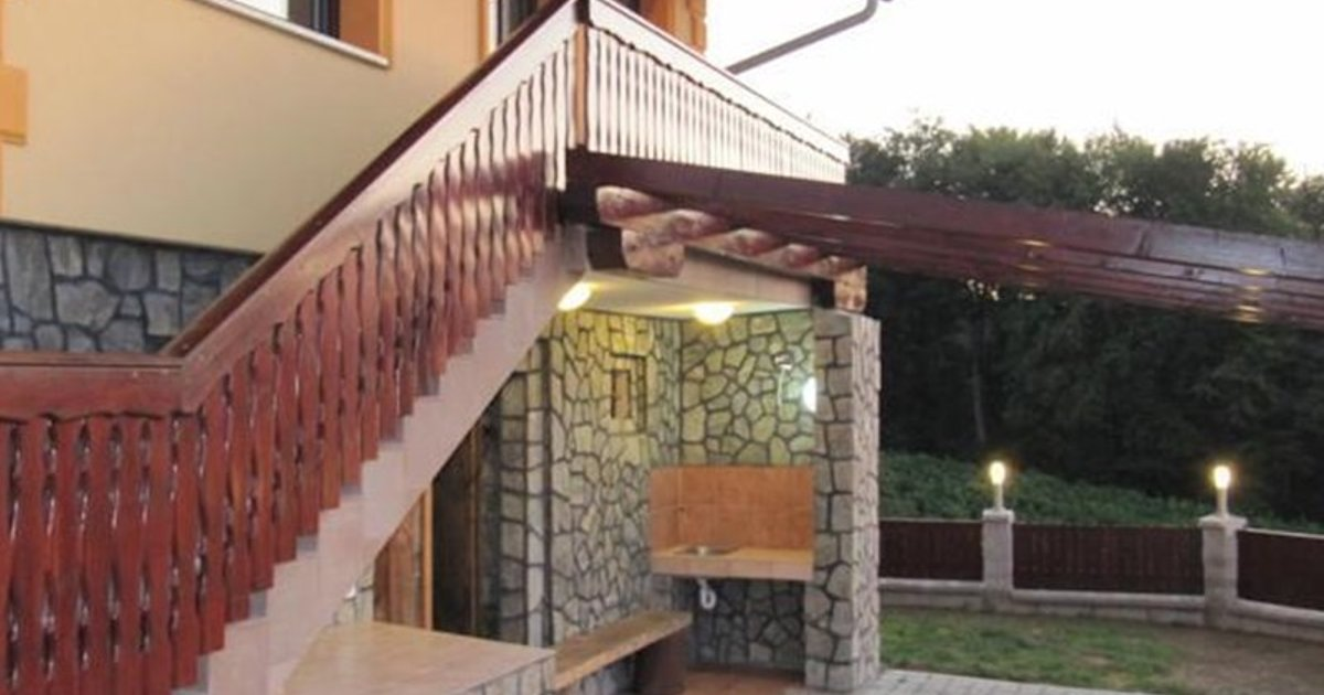 Holiday Home Cesnovar
