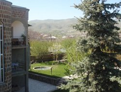 Armenia hotels with swimming pool
