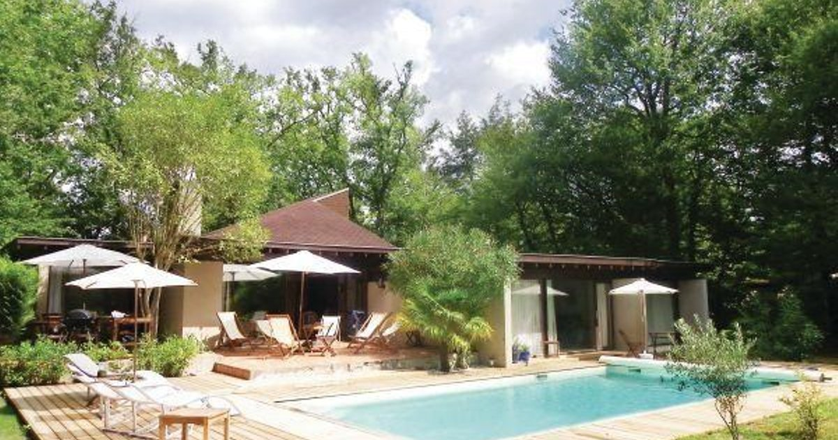 Holiday home St Sulpice et Cameyrac ST-1678