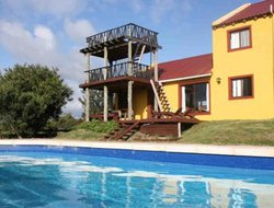 Punta del Diablo hotels with swimming pool