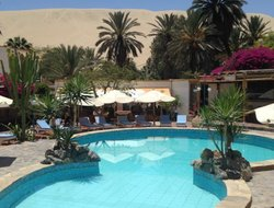 Huacachina hotels with swimming pool