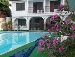 Anapoima hotels with swimming pool