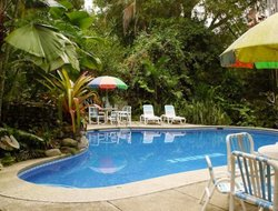Cahuita hotels with swimming pool