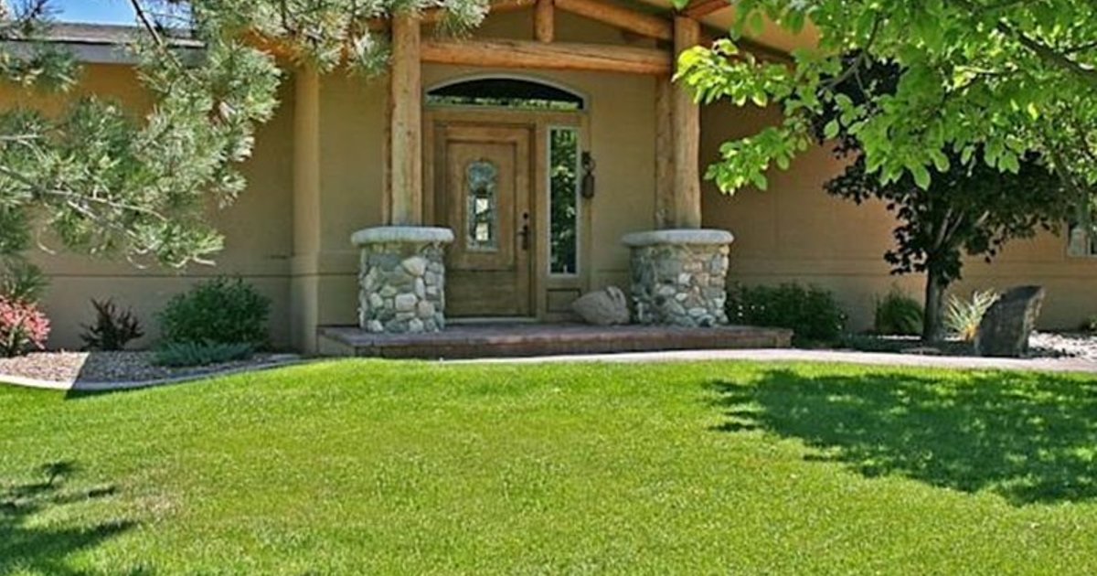 Thousand Springs Winery Bed and Breakfast