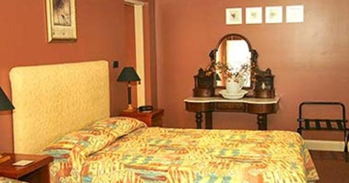 Grand Central Accommodation B&B Cobden