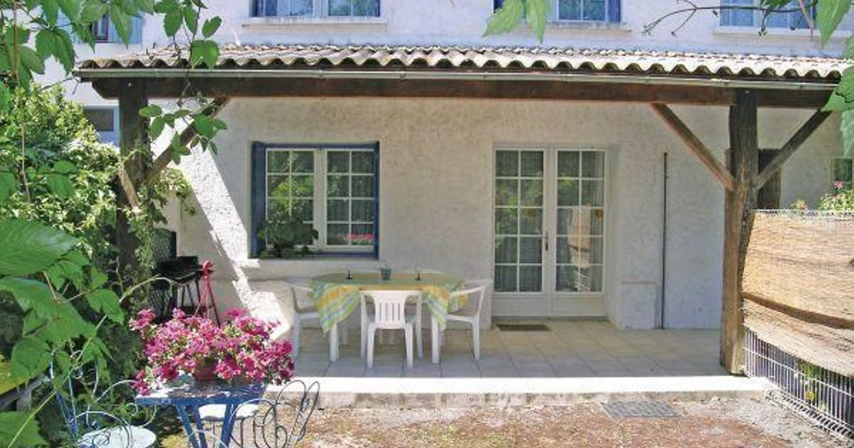 Holiday home Arces sur Gironde AB-1518