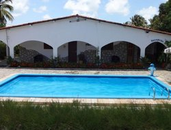 Jacuma hotels with swimming pool